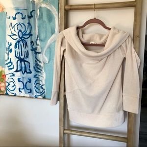 ♦️NWOT Gap beige wide shoulder collar